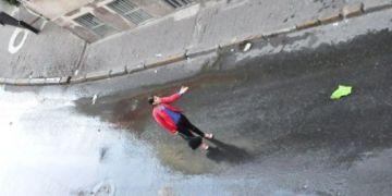 taksim -31 may -başka kırmızılı kadın6